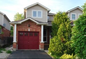 Perfect 4 Bedroom End Unit in Great Location!