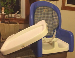 The First Years Booster Seat/Feeding Chair Kitchener / Waterloo Kitchener Area image 3