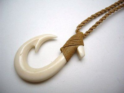 Hawaiian Jewelry Maori Hei Matau Fish Hook Bone Carved Pendant Choker 35055-1