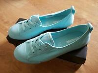 New In Box Ladies / Older Girls Aqua Converse Ballet Pumps Trainers Size 6