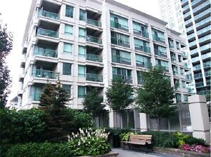 Bachelor for Rent! Steps to Sheppard Station!