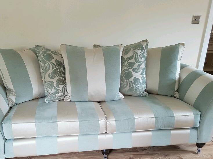Elegant 4 Seater 2 Wellington 111 Ter Back Sofa