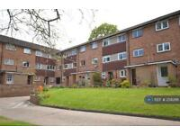 2 bedroom flat in Merrow Court, Guildford, GU1 (2 bed)