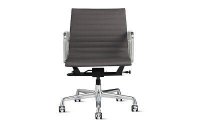 Authentic Herman Miller Eames Aluminum Group Management Chair Dwr