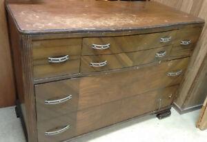 Wood Dresser Windsor Region Ontario image 2