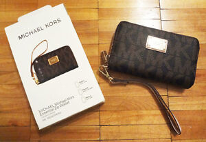NEW MICHAEL MK ESSENTAIL ZIP WALLET FOR IPHONE 4/ 4S/ 5/ 5S..