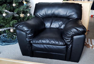 Black Leather Chair - Great Condition!