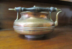 ANTIQUE COPPER KETTLE FROM SCOTLAND