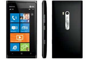 LIKE NEW NOKIA LUMIA 900 WINDOWS • Telus, Koodo, Public Mobile,