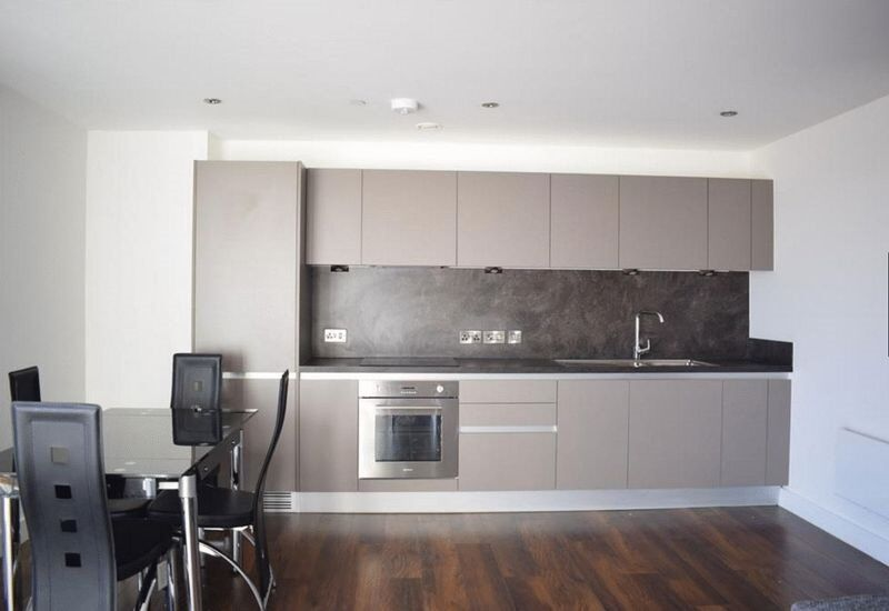 SPECTACULAR 2 DOUBLE BED FLAT AVALIABLE IN THE HAYES AREA FOR £1275 PCM