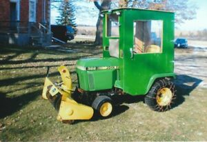 JOHN DEERE 322  with snowblower and cab