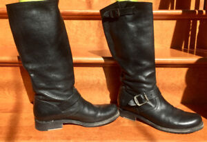 Ladies Black Veronica Slouch Boots - Size 8.5
