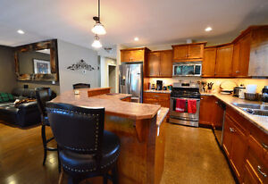 Charming Rancher with Suite