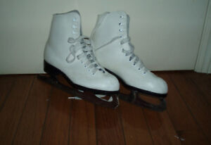 Girls and Ladies Ice Figure Skates - size 4,5, 5B, 7.5, 9 and 10