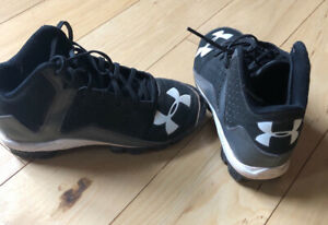 Nike and Under Armour baseball cleats, youth 2, 2.5, 3 $15/ea