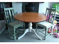 CUTE SHABBY CHIC STYLE TABLE & 2 CHAIRS
