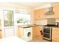 Beautiful 4 Bedroom House, 1 Recp, 2 Bathrooms, 3 Min walk to Plaistow tube