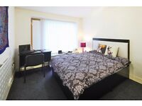 Student Deluxe Bedroom & Shared Kitchen & Bathroom Victoria Point Manchester 10.9.16-14.07.17 £116PW