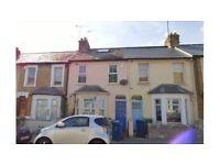 5 bedroom house in East Avenue, Oxford {0XPIO} Book Online - The Rent Guru