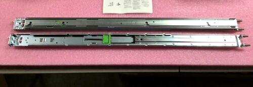 Fujitsu PrimergyRack Mount Kit F1 S7 LV S26361-F2735-L176