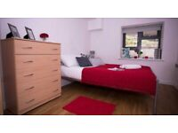 STUDENT ROOMS TO RENT IN LONDON. PRIVATE ROOM WITH DOUBLE BED, SHARED BATHROOM AND SHARED KITCHEN