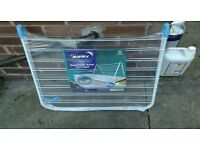 Brand New, over bath airer retail £14.99!!!