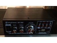 skytronic AV 360 Power Amplifier