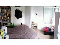 Double room in Putney 500£ pcm available from 30 of June