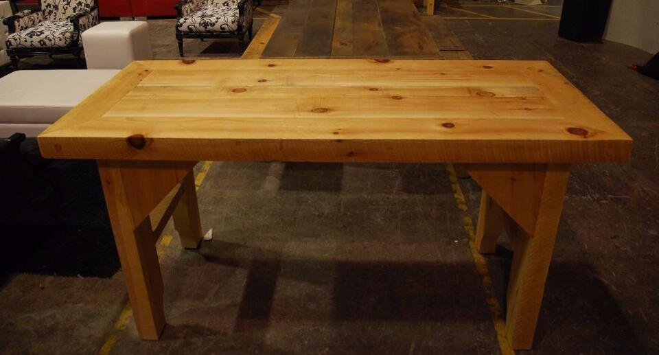 Îlot/Comptoir/ Bloc boucher en bois massif - VENTE | Dining Tables ...