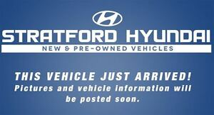 2011 Hyundai Santa Fe GL 2.4 Premium | ALL WHEEL DRIVE | SUNROOF