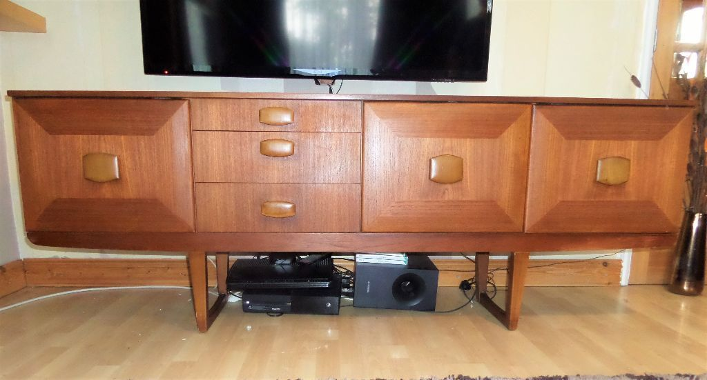 vintage 1970 39 s retro long teak danish style sideboard by stonehill furniture in northampton. Black Bedroom Furniture Sets. Home Design Ideas