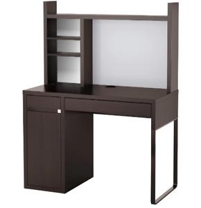 Bureau de travail IKEA MICKE // Brun-noir