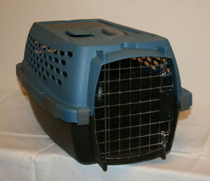 Cat Carrier Like New $25.00
