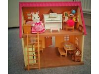 SYLVANIAN FAMILIES Cosy cottage with figure and furniture
