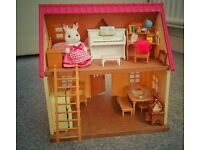 *** Sylvanian Families Cosy cottage with figure and furniture***