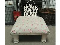 BEAUTIFUL SHABBY CHIC STYLE SOLID WOOD FOOT STOOL