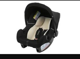 Mothercare car seat , in perfect condition used for 2 months , can offer real photo if interested