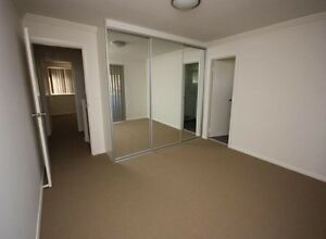 Room on rent (with garage) Merrylands Parramatta Area Preview