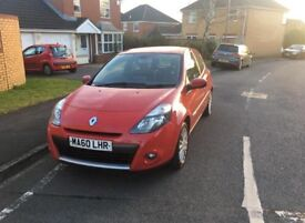 Renault Clio TomTom for sale great condition!!