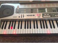 Electronic Casio Keyboard