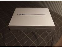 "Apple MacBook Air 13.3"" (MMGF2B/A) 128GB Hard Drive 8GB RAM **SEALED** RRP £1,499"