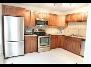 Furnished 3 bedroom top floor of house in thickwood
