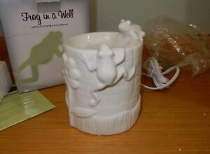 Scentsy Frog In A Well Warmer