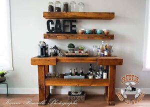 Mini-bar en bois de grange authentique