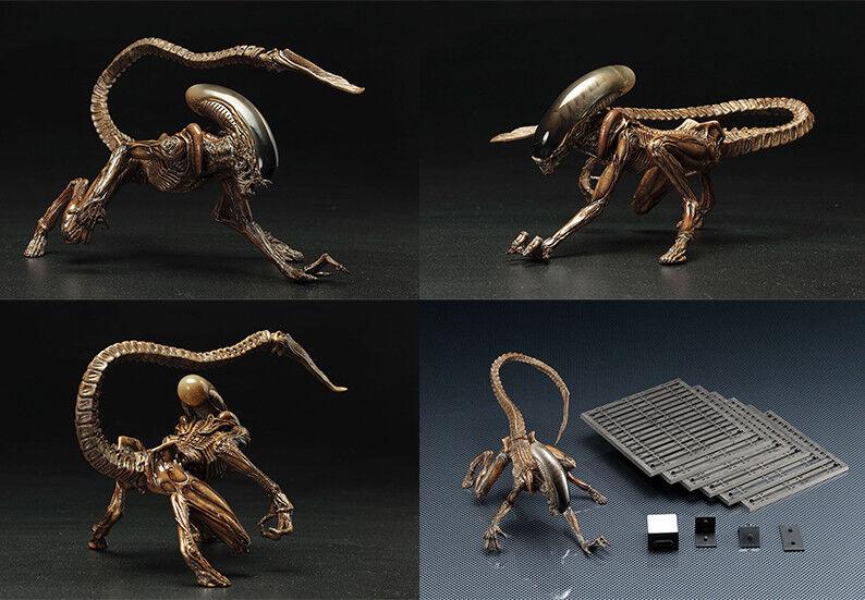 1//10th Scale Replica Inc Display Plinth Limited ArtFX Alien 3 Dog Alien