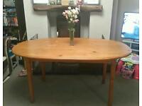 LOVELY SOLID PINE FARMHOUSE STYLE OVAL DINING TABLE - PERFECT SHABBY CHIC PROJECT OR FOR CHRISTMAS
