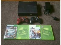(40£) Xbox 360 s with 2 controllers and games gta 5 cod