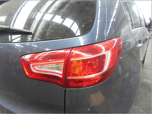 KIA SPORTAGE RIGHT SIDE TAILGATE LAMP, SL, 07/10-04/14 (C19417) Lansvale Liverpool Area Preview