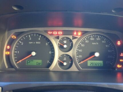 Ford Falcon speedo cluster
