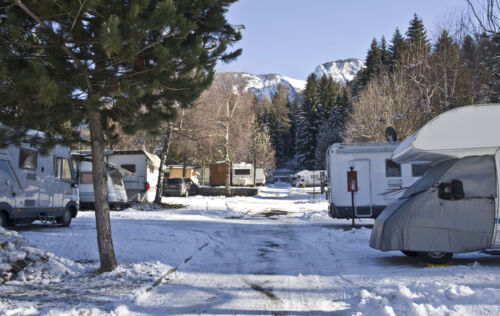 6 Items to Pack for Your Christmas Caravan Holiday